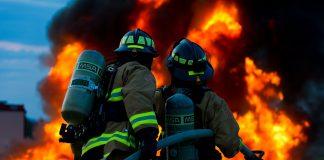 požar, gasilci