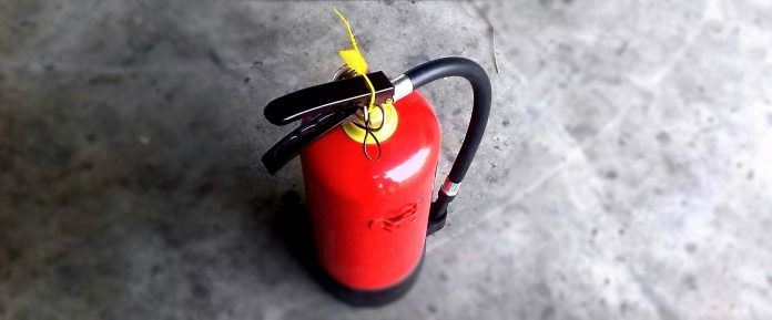ogenj, požar, gasilni aparat