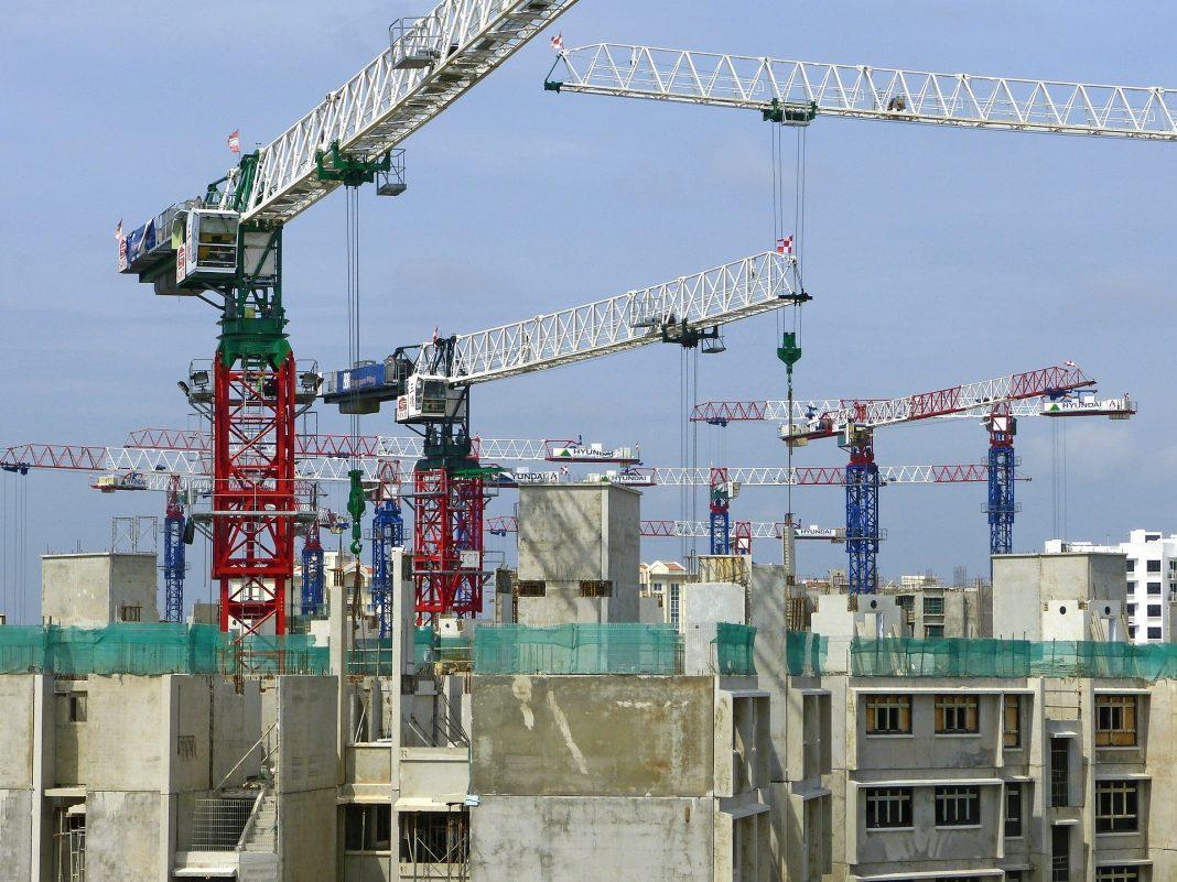 Največ delovnih mest v gradbeništvu