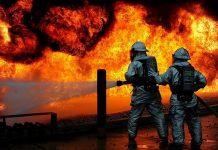 Gasilci imajo dela. Slika je simbolična