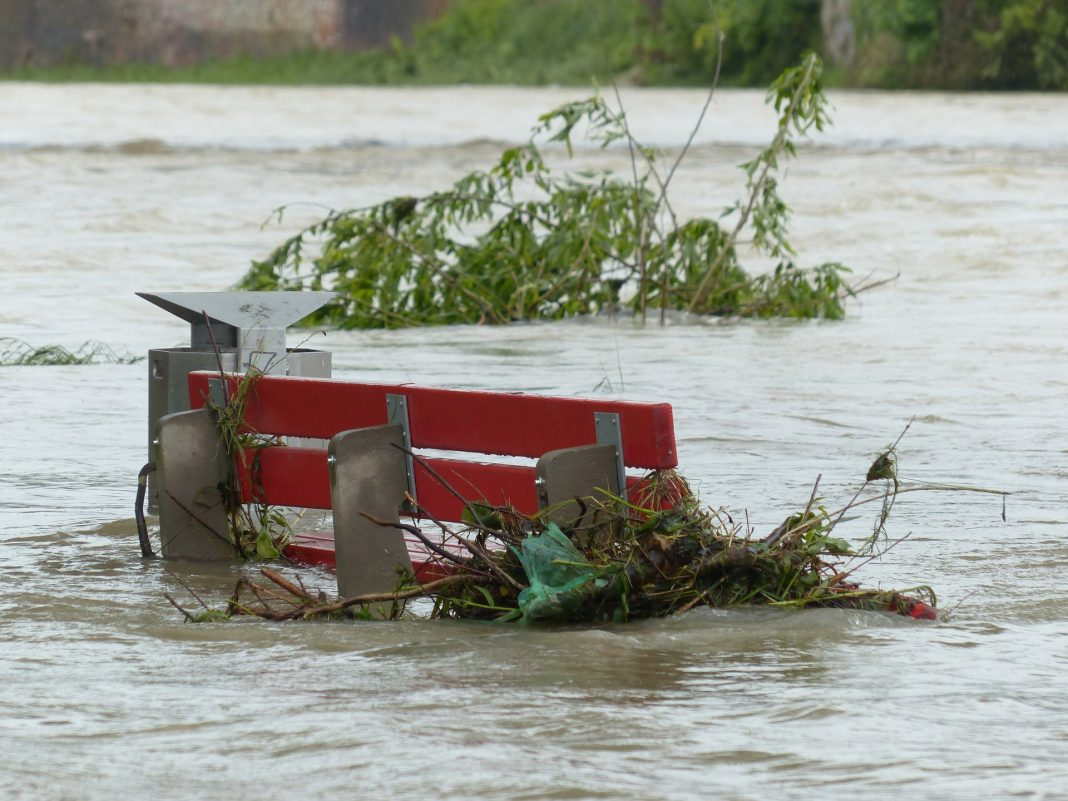Poplavna varnost Ptujske Drave. Slika je simbolična.