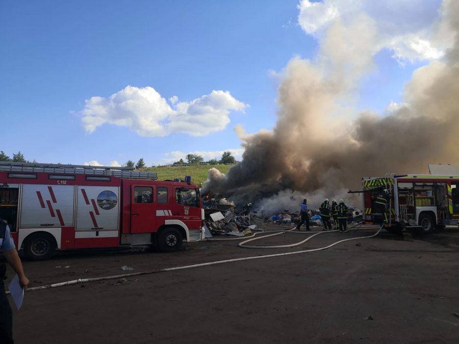 Požar v CERO Gajke. Vir: facebook